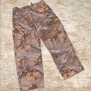 Game Winner Camouflage Cargo Pants. Size 8